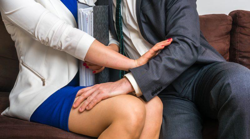 сексуальное домогательство сша
