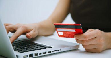Имущественные налоги теперь можно оплатить банковской картой